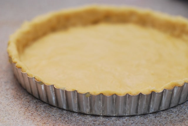 How to make tart crust from scratch: slightly sweet and flaky