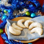 Almond crescent Christmas cookies