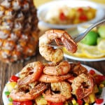 Southwestern shrimp with pineapple salsa | Seafood, shellfish, gluten free, healthy, low calorie, low carb, full of vegetables, suitable for vegetarians | JuliasAlbum.com