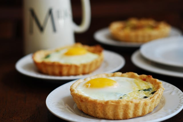 Baked bacon egg breakfast cups