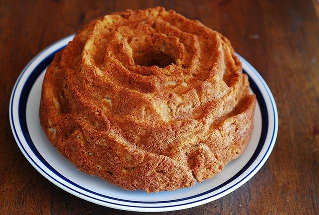 apple bundt cake out of the bundt pan!