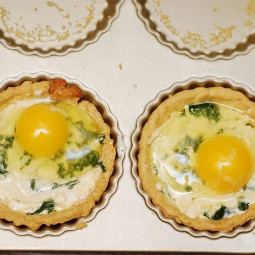 Breakfast Tartlets with Bacon, Spinach and Eggs