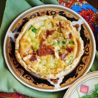 bacon and eggs quiche tartlets