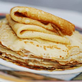 how to make crepes from scratch in a frying pan