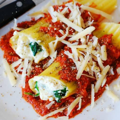 Spinach And Ricotta Cheese Stuffed Manicotti Pasta Shells