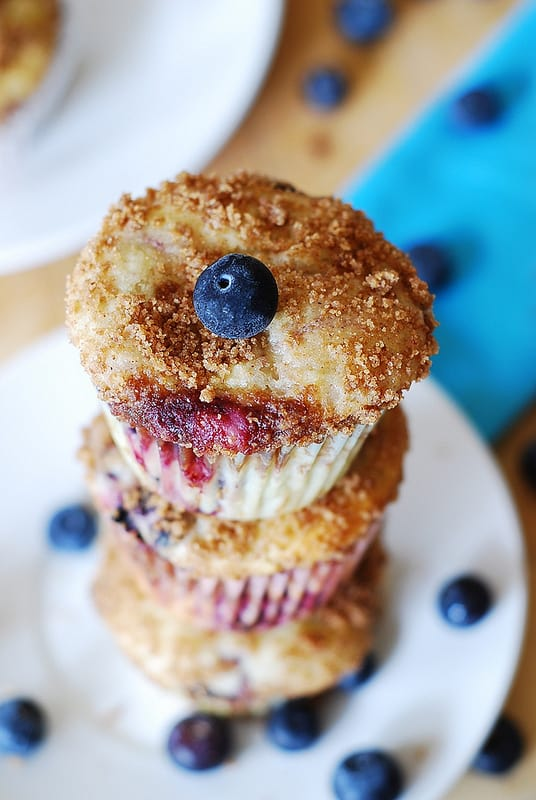 Mixed berry yogurt muffins
