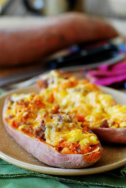 Sausage and Eggs Stuffed Sweet Potatoes