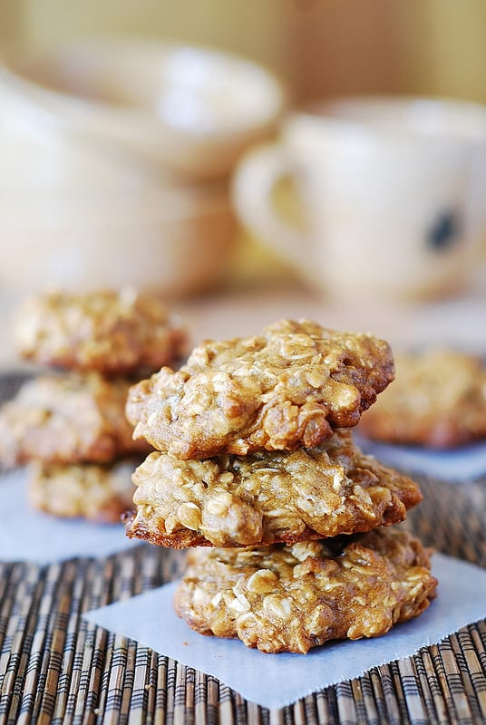 Banana oatmeal cookies with chocolate chips