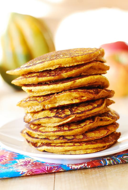 Easy cinnamon pumpkin pancakes