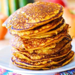 easy cinnamon pumpkin pancakes