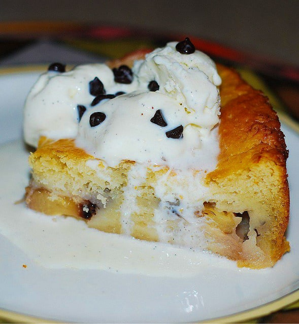 Peach Cobbler, summer desserts, chocolate chip ice cream, fruit desserts, summer recipes