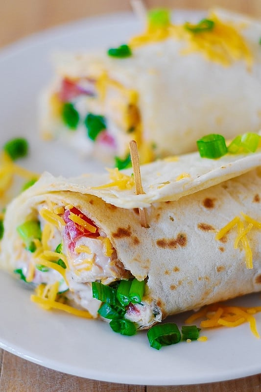 Mexican chicken wraps, Mexican recipes, chicken recipes, chicken and Greek yogurt, chicken and Ranch dressing
