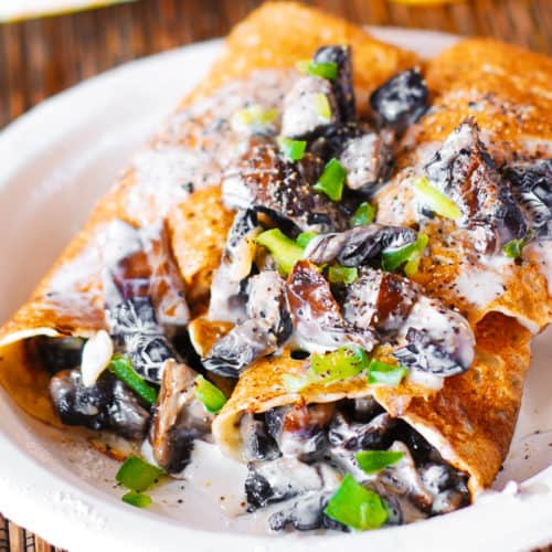 creamy crepes stuffed with chicken and mushroom filling