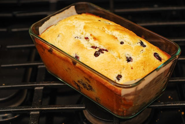 Lemon Blueberry Bread, breakfast recipes, dessert recipes, berry desserts, blueberry desserts, how to make blueberry lemon bread