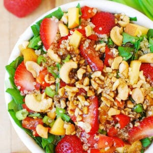 strawberry quinoa spinach cashew salad