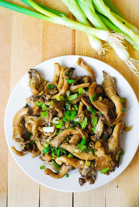 Oyster mushrooms, garlic, and green onions saute (Paleo, Gluten Free)
