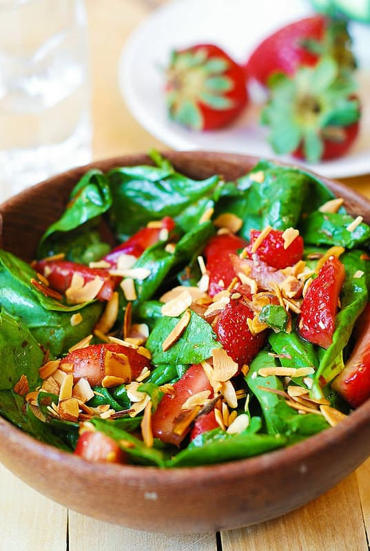 strawberry spinach salad, homemade salad dressing, balsamic vinegar based dressing, salad with nuts