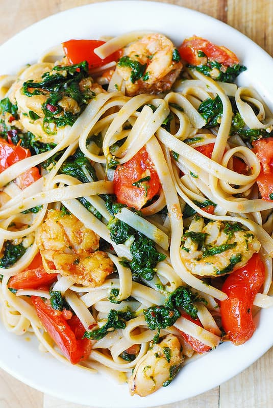 garlic shrimp pasta, fresh tomato recipes, tomato pasta, spinach pasta, garlic butter spinach pasta