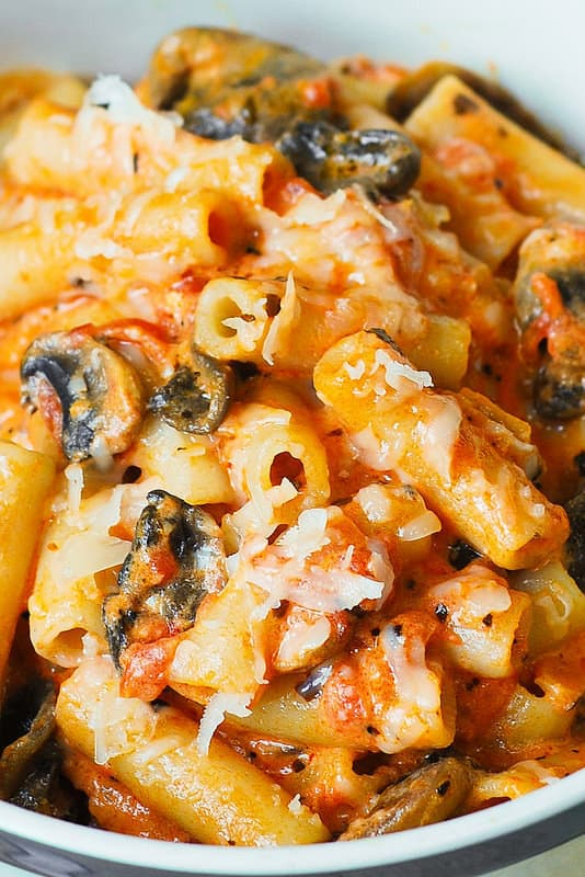 mushrooms and pasta in a creamy sauce, tomato pasta, creamy vegetable pasta