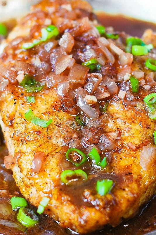 Pan-Seared Chicken Breast with Shallots in a wine-based sauce