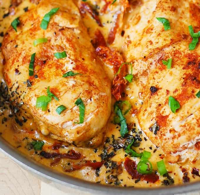 chicken breasts with creamy sun-dried tomato sauce