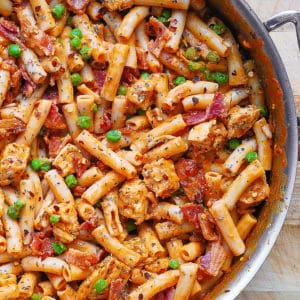 spicy chicken pasta with bacon and peas