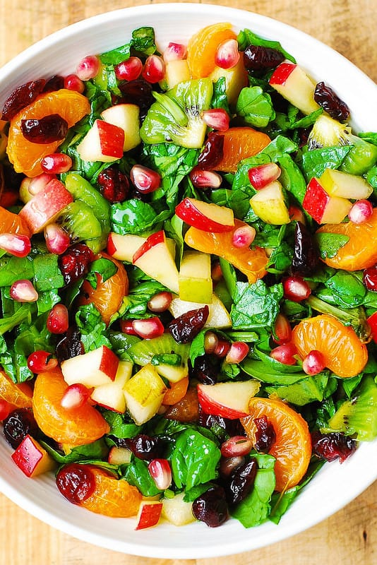 spinach salad with clementines, apples, kiwi, cranberries, pomegranate, gluten free salad, healthy holiday recipes