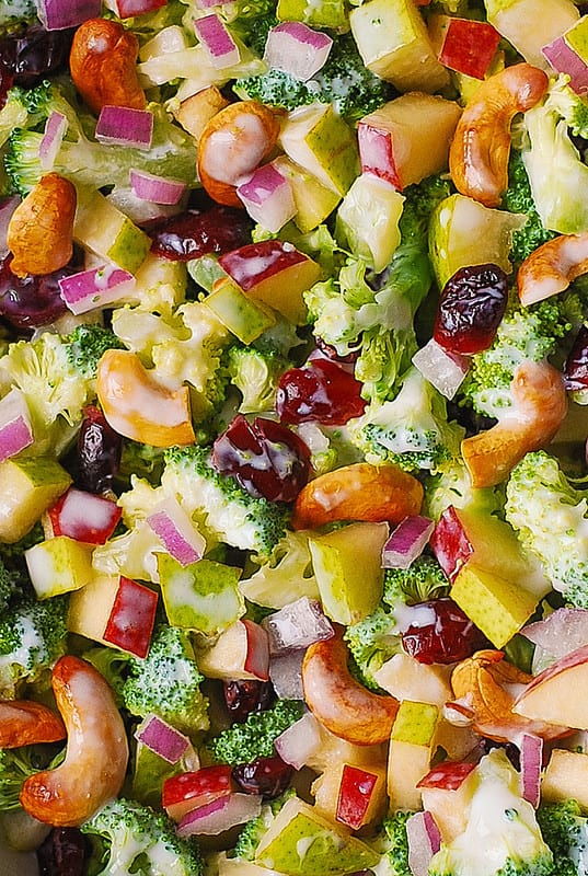 creamy broccoli salad, healthy meals, healthy broccoli salad, cashew salad with veggies and fruits