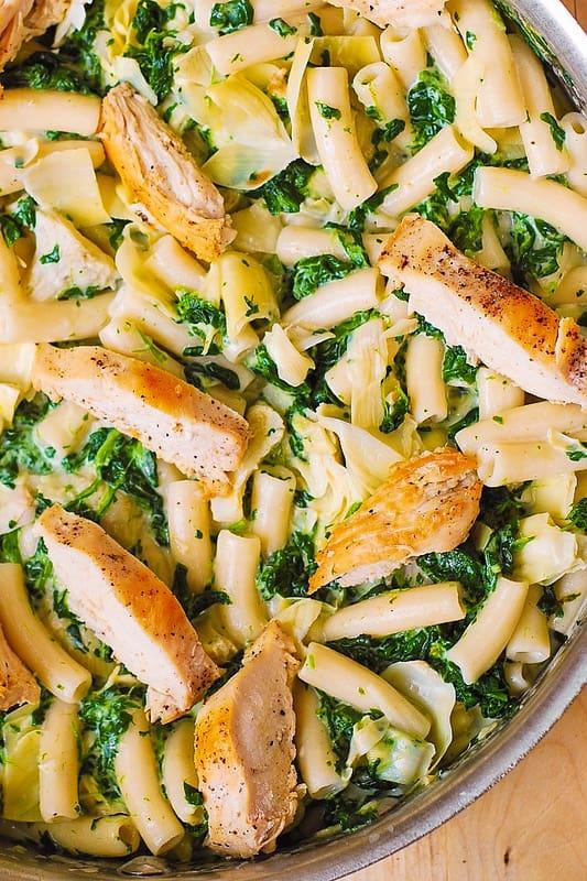 spinach artichoke pasta, spinach artichoke dip pasta