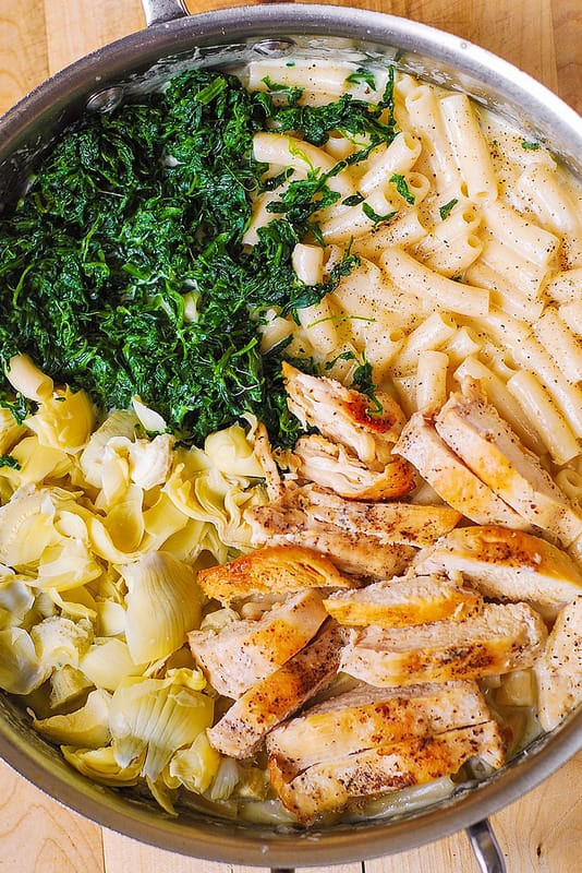 chicken alfredo with spinach and artichoke