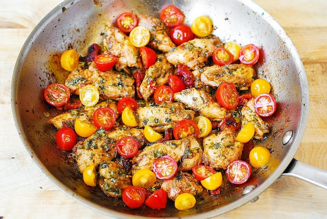 chicken dinner recipes, chicken and vegetables, basil chicken, basil tomato chicken