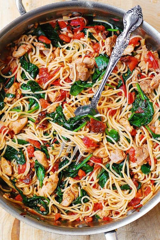 Tomato Spinach Chicken Spaghetti - Julias Album-6050