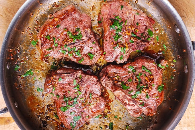 pan seared lamb chops with garlic olive oil marinade