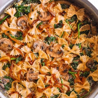 Bow Tie Pasta with Spinach, Mushrooms, Caramelized Onions