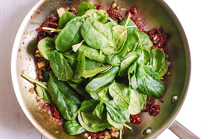 garlic, sun-dried tomatoes, artichokes, capers, spinach