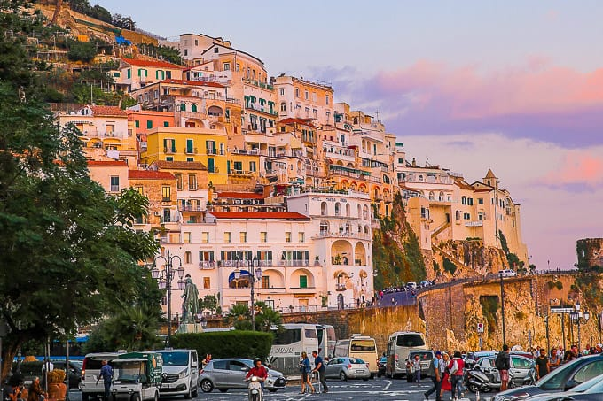 The 5 Best Amalfi Coast Towns With Spectacular Views Of The
