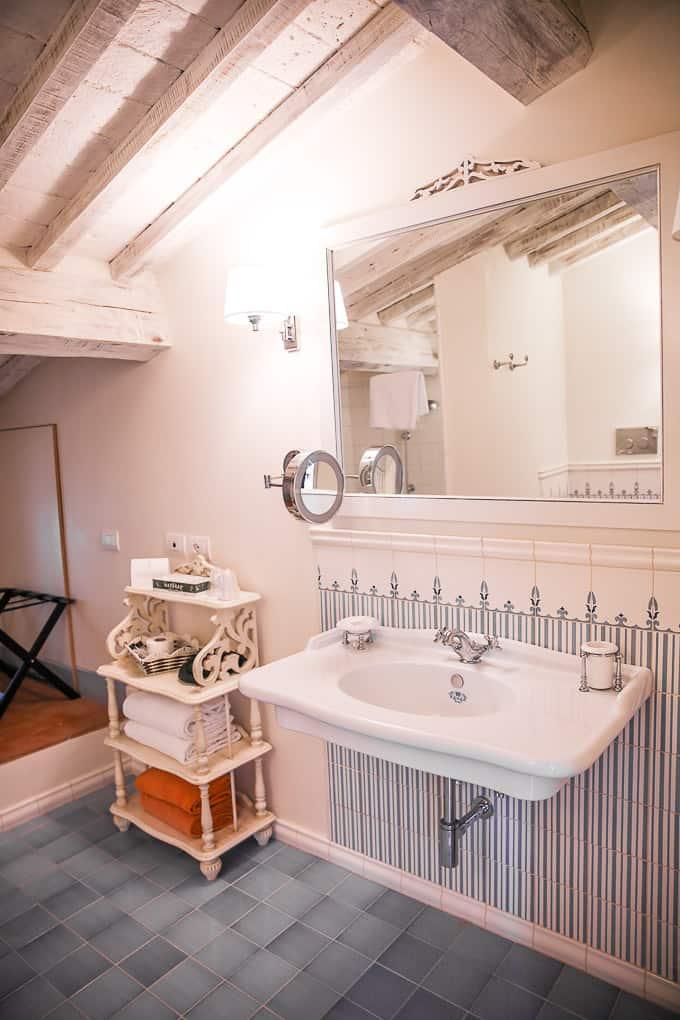 bathroom Podere Brizio, Tuscany, Italy