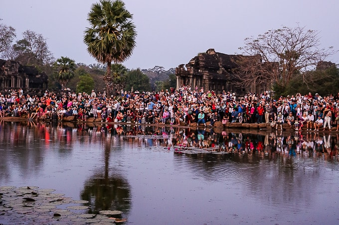 Crowds watching Angkor Wat sunrise