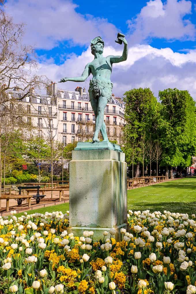 Statue of L'Acteur Grec, Jardin du Luxembourg, Paris